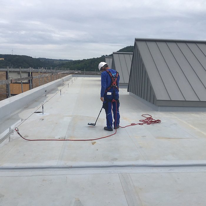 NIS Roof Services | NIS Roof Management | Reparaturen | Instandsetzungen